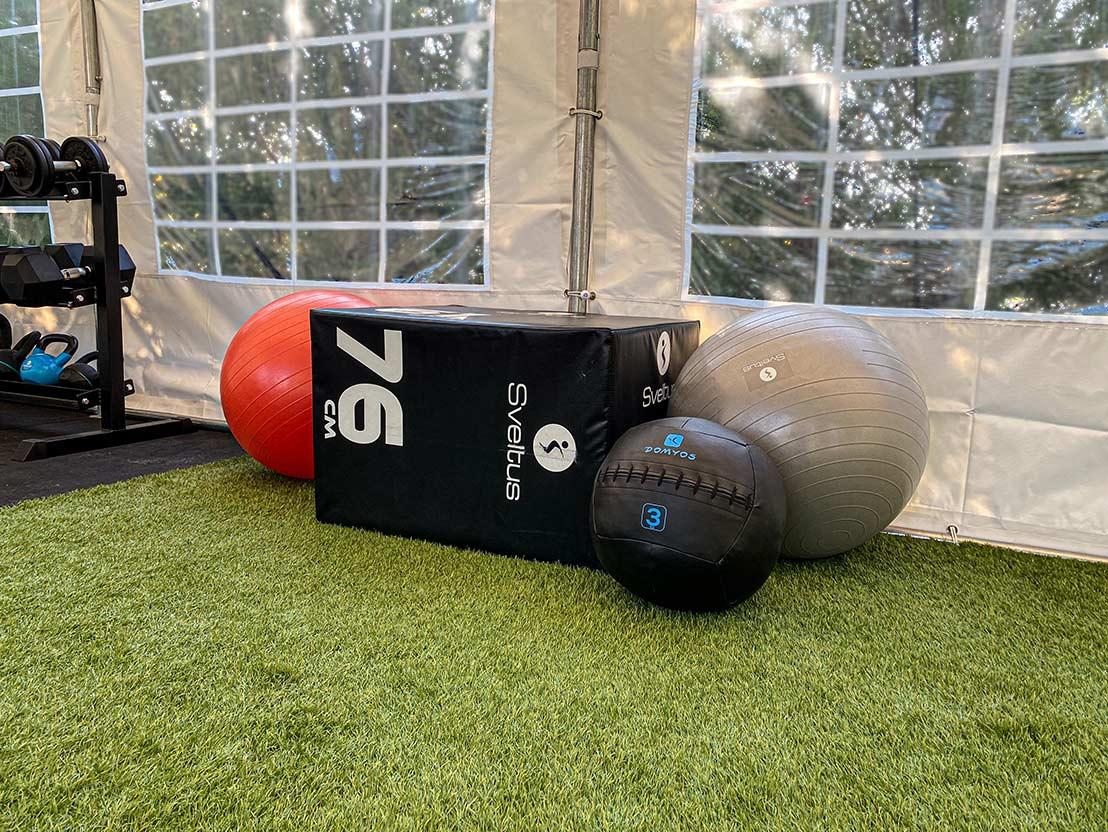 photo de la jump box et du swiss ball de 3kg
